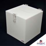 caixa acrílico branca Raposo Tavares