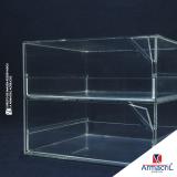 caixa em acrílico cristal Piqueri