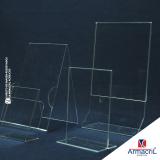 displays de chão personalizado em acrílico Pirambóia