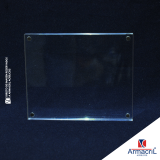 placa em acrílico transparente com logo Vila Romana